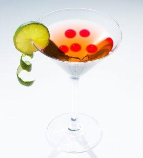 Cocktail & Esfera.⠀🍸🔴 .⠀ Tienda online. www.esfera.club⠀ .⠀ NUEVO CANAL TELEGRAM❗️⠀ Suscríbete para ver novedades y descuentos‼️⠀ ⠀ https://t.me/esferaclub⠀ .⠀ .⠀ #esfera#esferificacion#gastronomia#instagood#coctel#lobe#gintonic#followme#food#photooftheday#happy#chef#foodlover#restaurante#eventos#regalo#tapas#friends#foodies#healthy#fiesta#gourmet#party#postre#horeca#fotococtel#madrid#barcelona#regalooriginal#instafood
